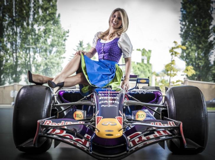 Formula Unas Dirndl Steirisches Heimatwerk Formel1 Spielberg