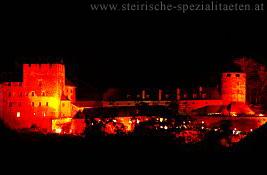 Schilcherberg in Flammen
