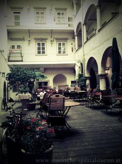 Stainzerbauer Gastgarten