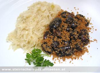 Abgeschmalzene Käferbohnen mit Sauerkraut