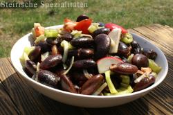 Käferbohnensalat mit Radieschen, Paprika und Tomaten