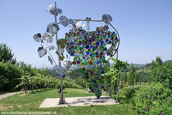 Die größte Weintraube der Welt am Eory-Kogel