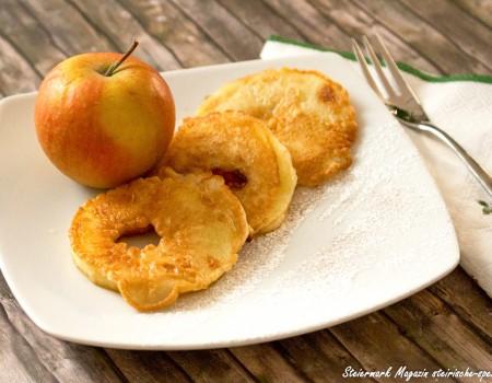 Frisch saftig steirische Apfelkrapfen