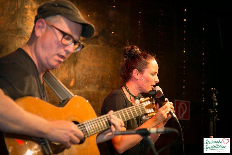 Aja & Toni Eberle Duo