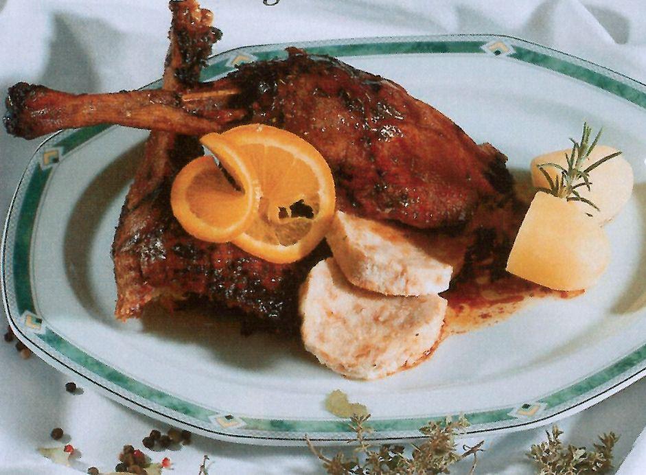 Gebratene Gans - Martinigansl knusprig aus dem Ofen - Rezept