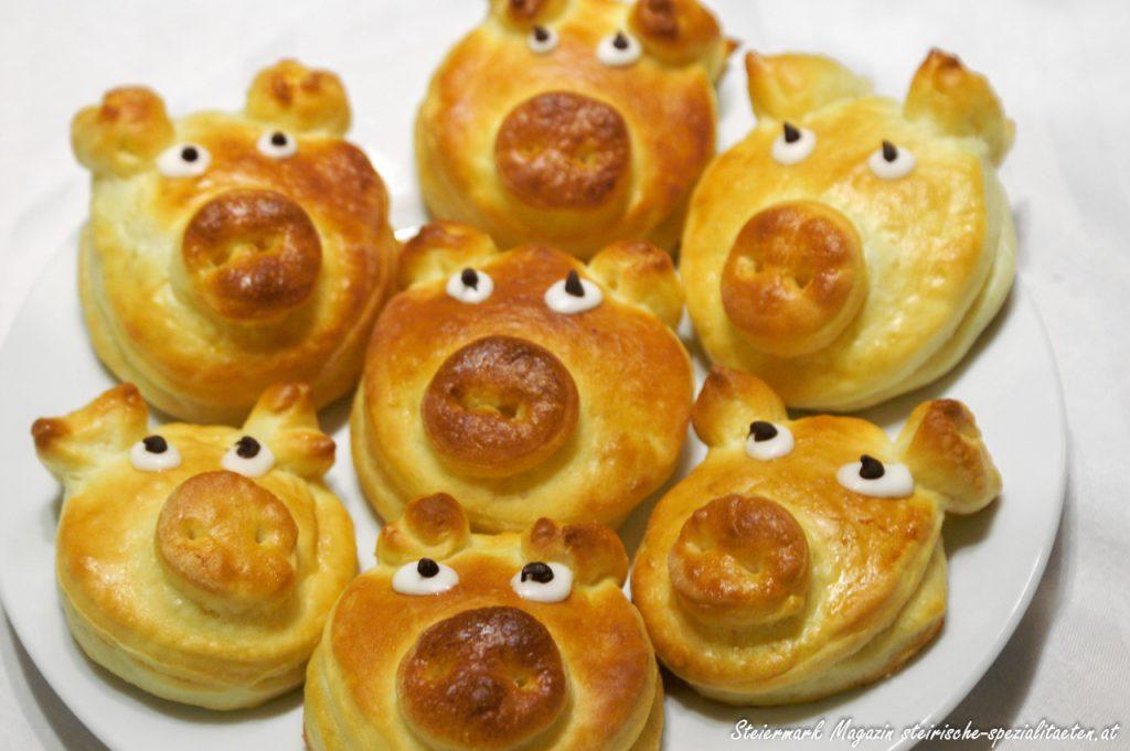 Glücksschweinchen backen Rezept