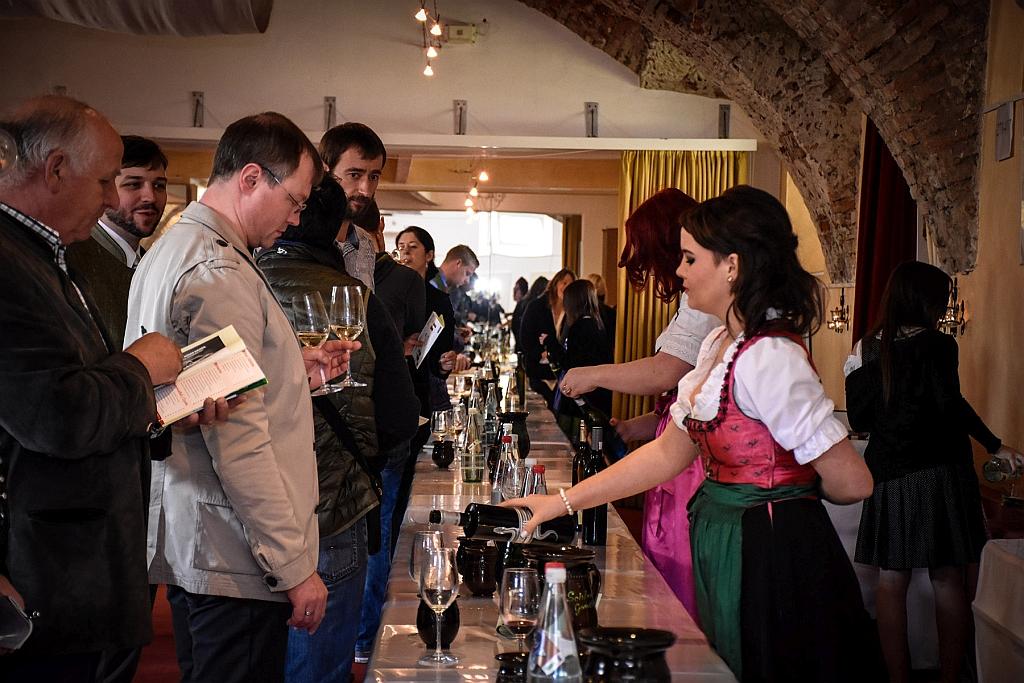 Gamlitz sperrt auf – Weinsaison Eröffnung in der Südsteiermark