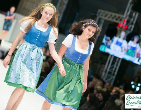 Pracht der Tracht Modenschau in Graz