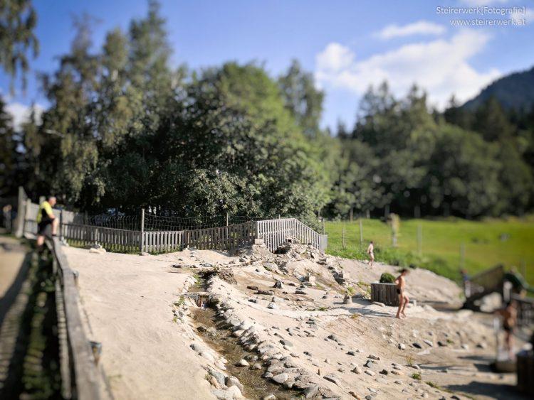 Kinder-Wasserspielpark im Waldpark Hochreiter nahe der Teichalm